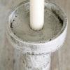 Yksilöllisiä_sisustustuotteita_käsintehty_betonista_kuvassa_Rococoo_kynttilänjalka_Blåvilla_Tuija_Poijärvi